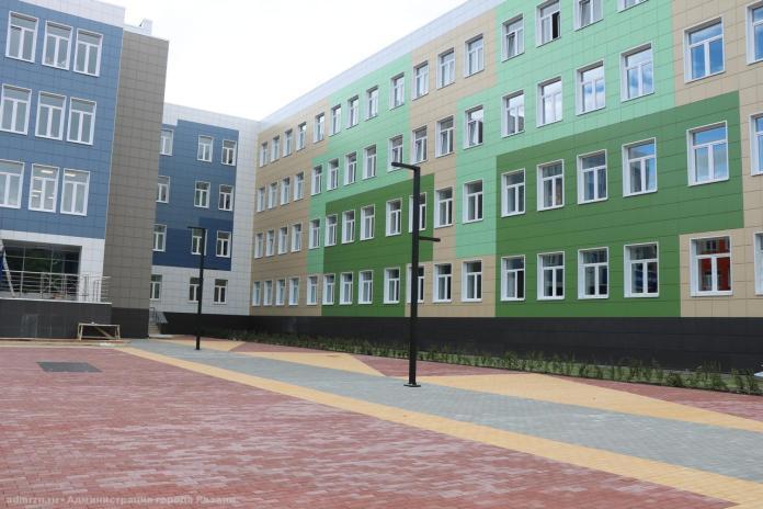 В администрации Рязани прокомментировали ситуацию с уборкой нового здания гимназии №5