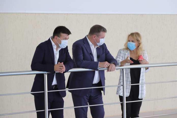 Губернатор посетил новый спорткомплекс «Капитан»