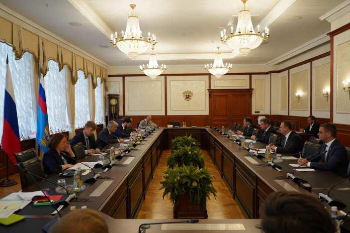 Николай Любимов обсудил с министром транспорта РФ строительство моста-дублёра через Оку
