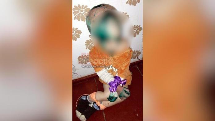В Омской области задержали женщину, которая жестоко избивала своего маленького сына