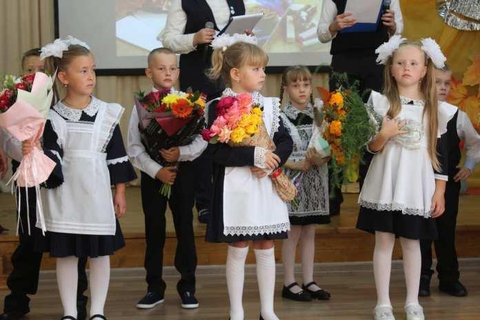 В школах Скопинского района прошли торжественные линейки
