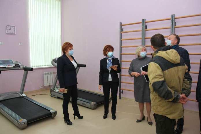 Елена Сорокина поручила устранить недочёты в здании ДШИ №2