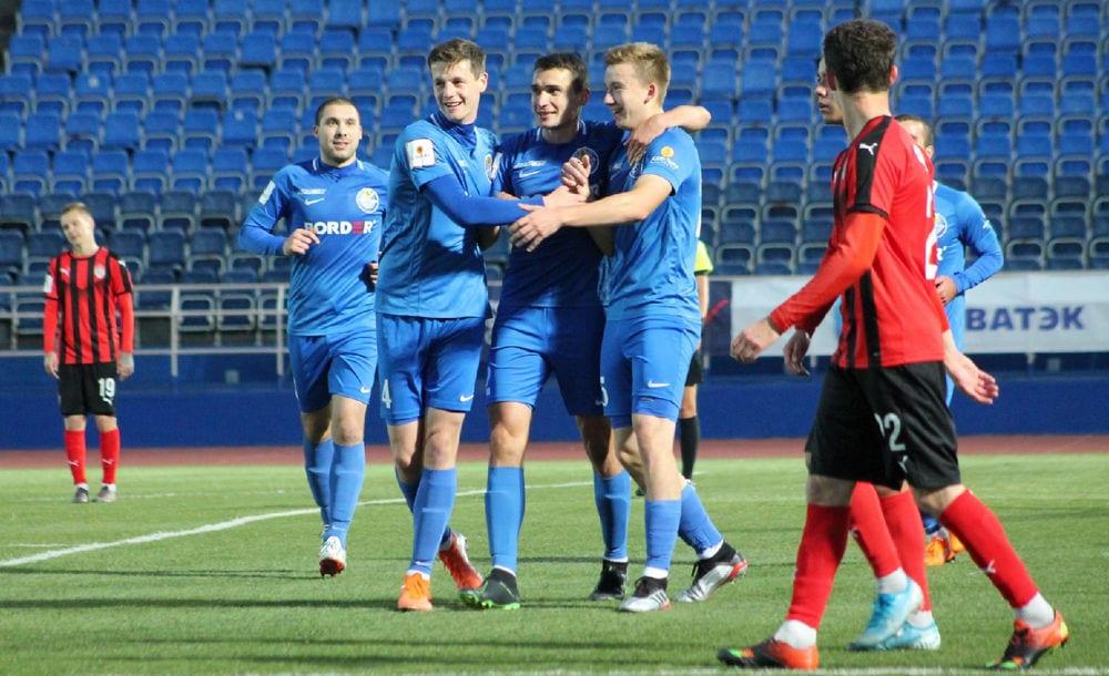 ФК «Рязань» выиграл в третьем матче подряд