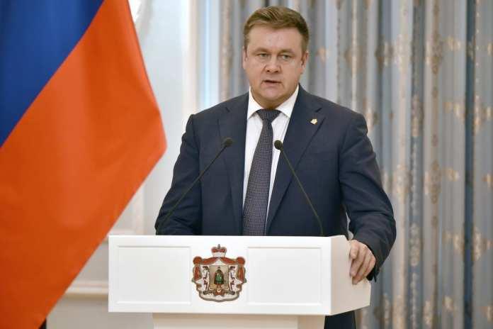 Николай Любимов вручил рязанцам государственные и региональные награды