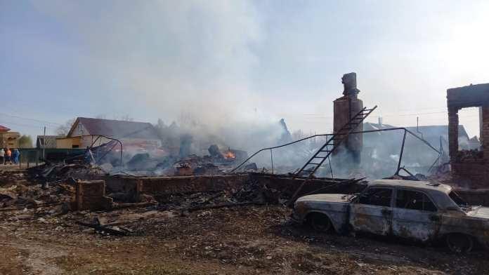 Две женщины погибли на пожаре в Клепиковском районе