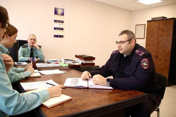 Рязанские судебные приставы будут обмениваться с полицией информацией по коллекторам