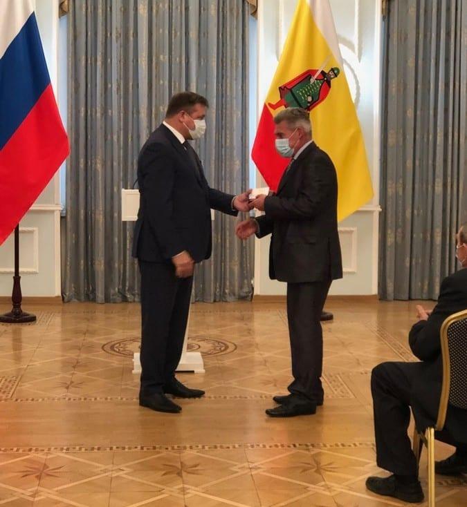 Старший оператор АО «РНПК» получил награду правительства Рязанской области