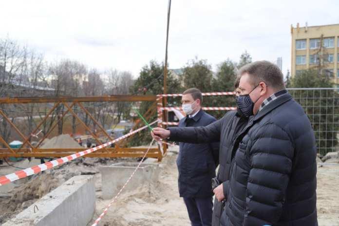 В декабре частично откроют движение по мосту на улице Ленина