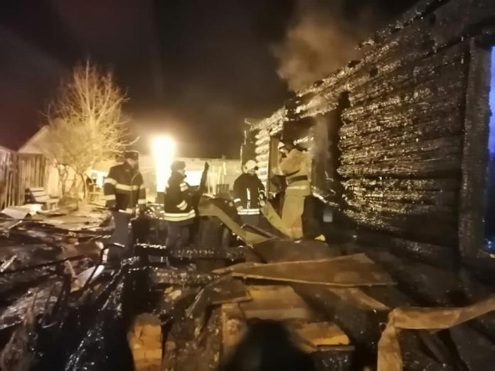 Опубликовано видео с места гибели четырёх человек на пожаре в Рязанской области