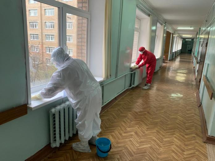 """В """"красной зоне"""" Рязанской ОКБ начали работать добровольцы"""