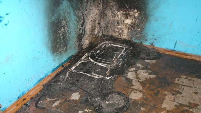 В подъезде жилого дома в Ряжске сгорела детская коляска