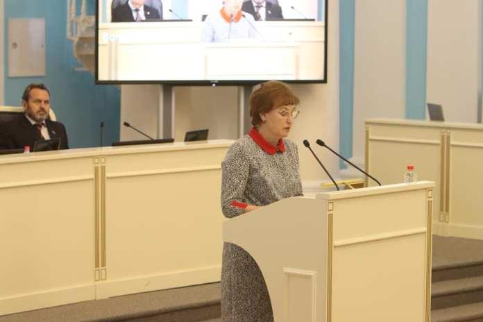 В Рязанской областной Думе обсудили работу школ во время пандемии