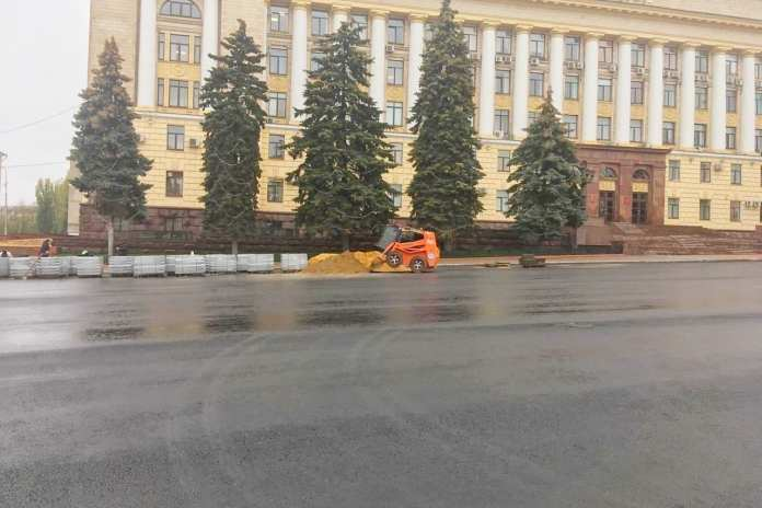 Благоустройство Соборной площади в Липецке затянулось из-за поставщика плитки