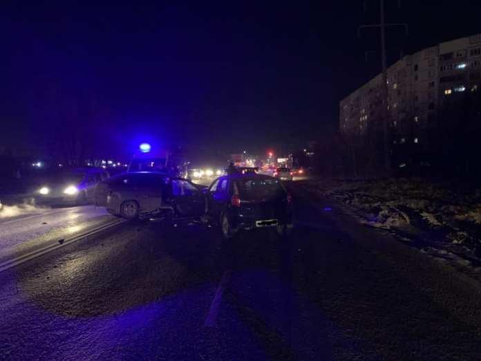 В Рязани на улице Бирюзова столкнулись пять автомобилей