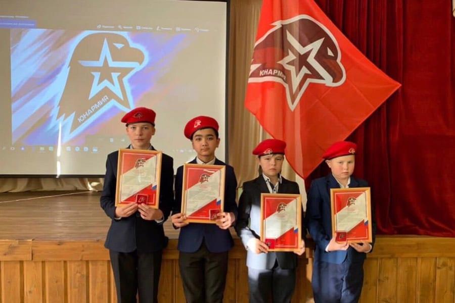 Депутат областной Думы поздравил юнармейцев