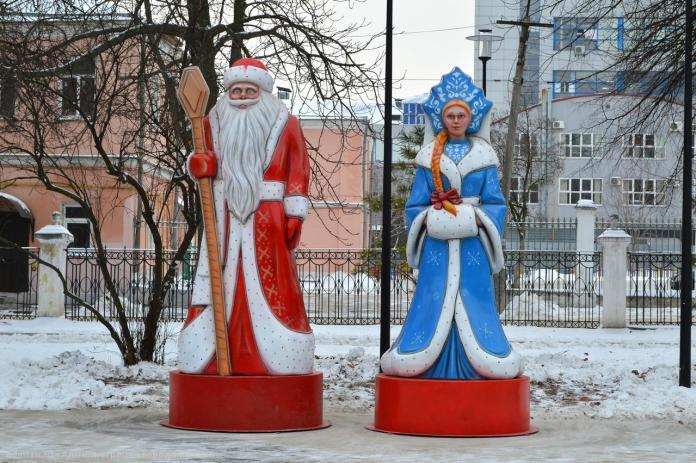 В парке в центре Рязани установили новогодние арт-объекты