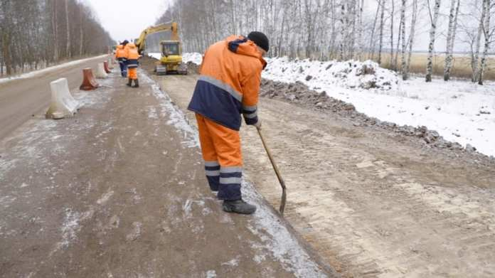 Продолжается реконструкция дороги в рязанском посёлке Лесной