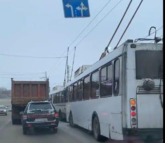Из-за ДТП на улице Советской Армии образовалась пробка