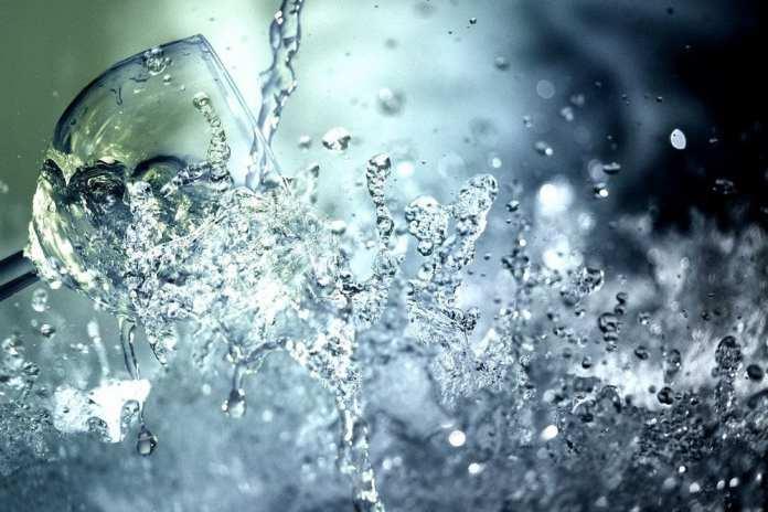 Из-за аварии четыре центральных улицы Рязани остались без холодной воды