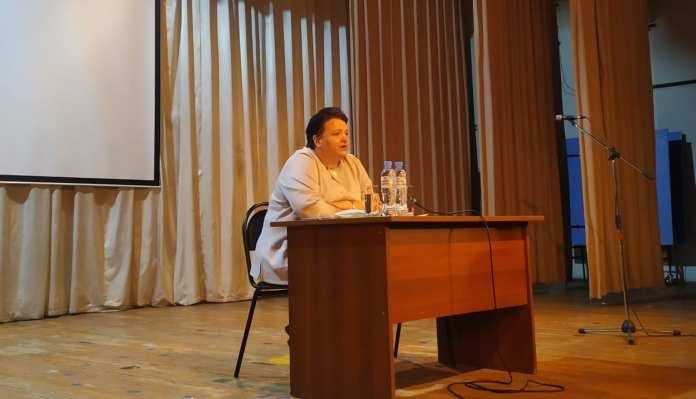 Елена Митина рассказала об изменениях в законодательстве представителя профсоюзов в Александро-Невском районе