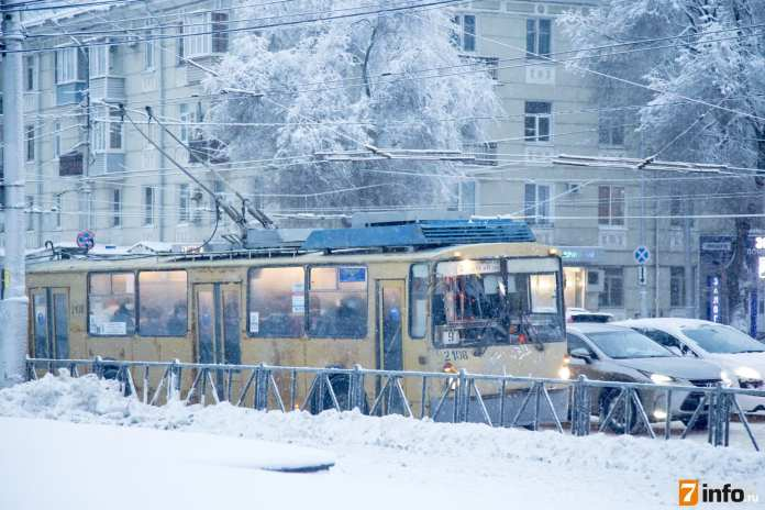 Фоторепортаж с улиц заснеженной Рязани