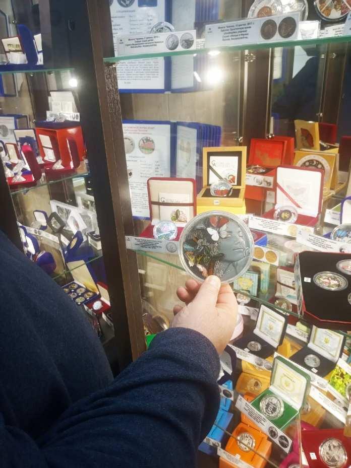В касимовском музее денег можно отчеканить 100 «мещеряков» и попробовать воду с серебром