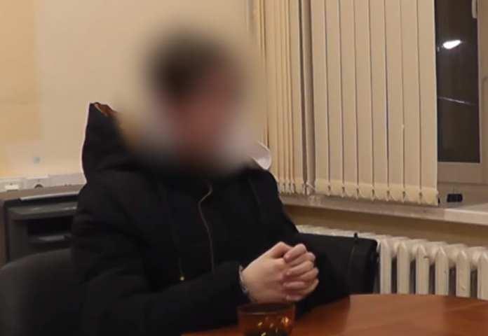 Опубликовано видео допроса подростка, зарубившего свою семью топором