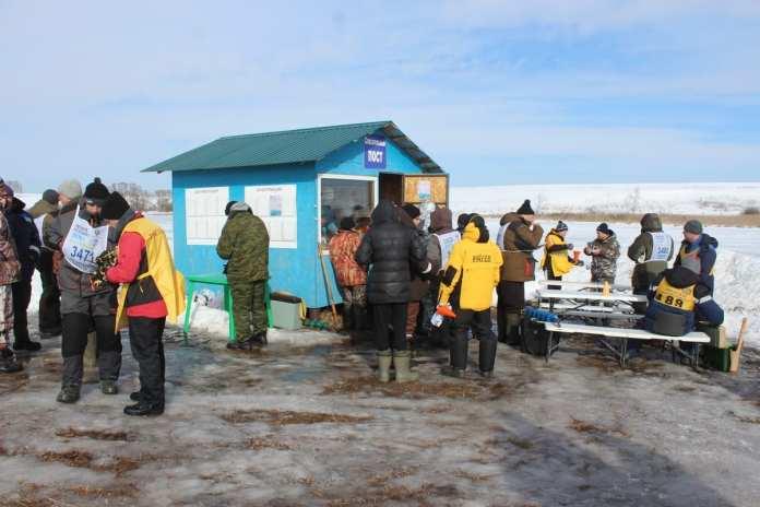 В Скопинском районе провели чемпионат по спортивной ловле рыбы на мормышку со льда