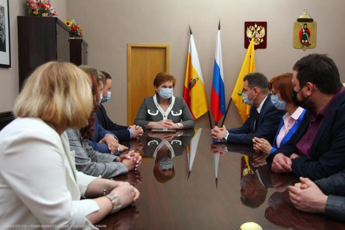Елена Сорокина встретилась с авторами проекта по созданию в Рязани трех креативных кластеров