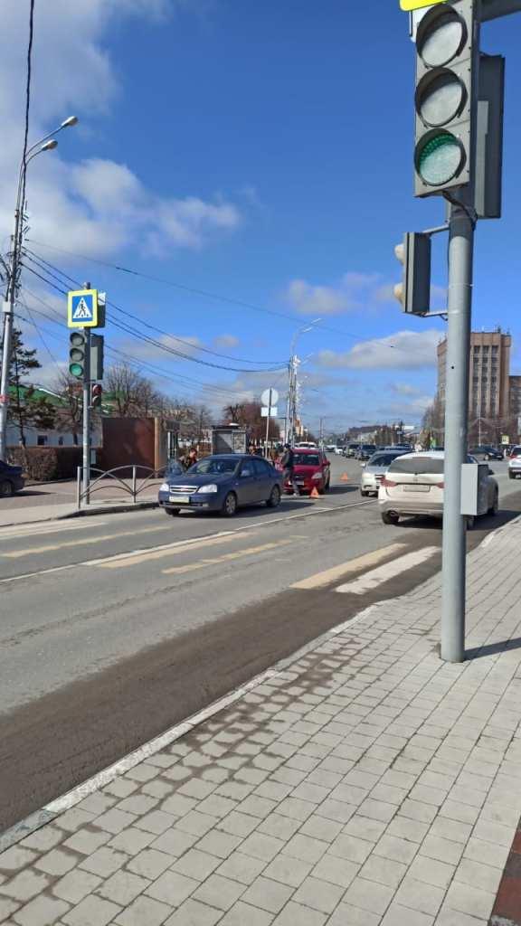 На площади Ленина в Рязани произошло ДТП