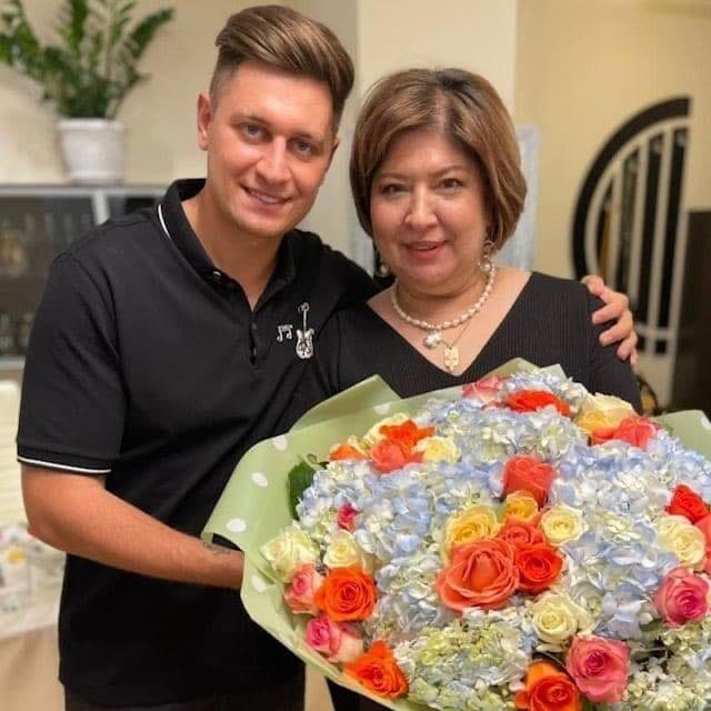 Мать известного блогера зарегистрировала бренд DAVA
