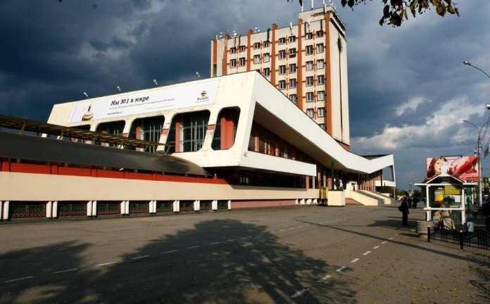 Фасады театра драмы и железнодорожного вокзала в Липецке обновят