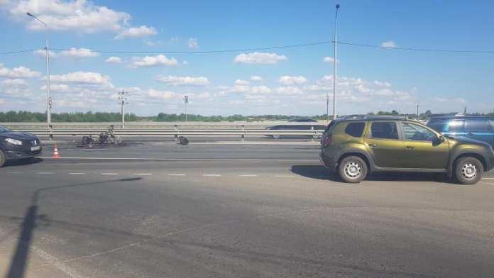 Мотоцикл врезался в Renault и загорелся под Рязанью