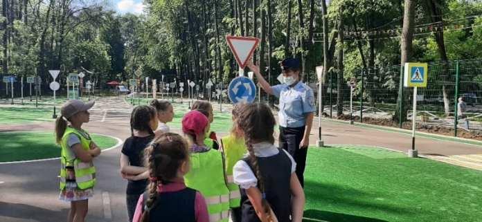 В Рязанском детском автогородке в ЦПКиО начали проводить занятия