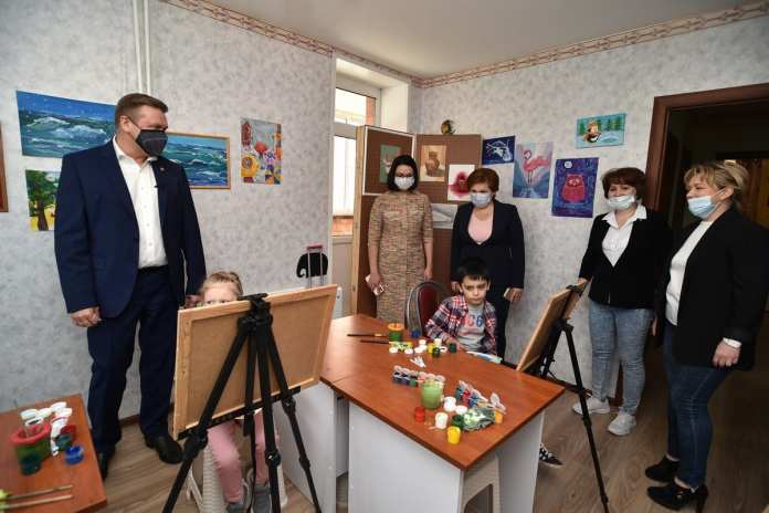 Любимов встретился с представителями ТОС