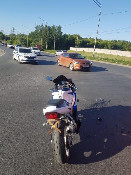 Мотоциклист пострадал после столкновения с ГАЗелью в Рязани