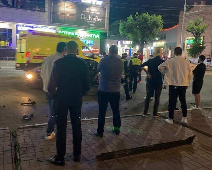 Серьёзное ДТП произошло у ТЦ «Атрон» в центре Рязани