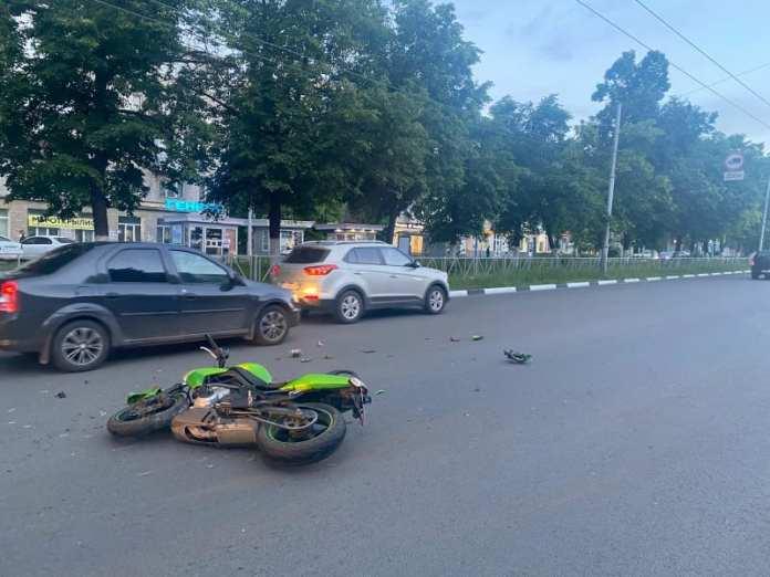 В ДТП в центре Рязани пострадал мотоциклист