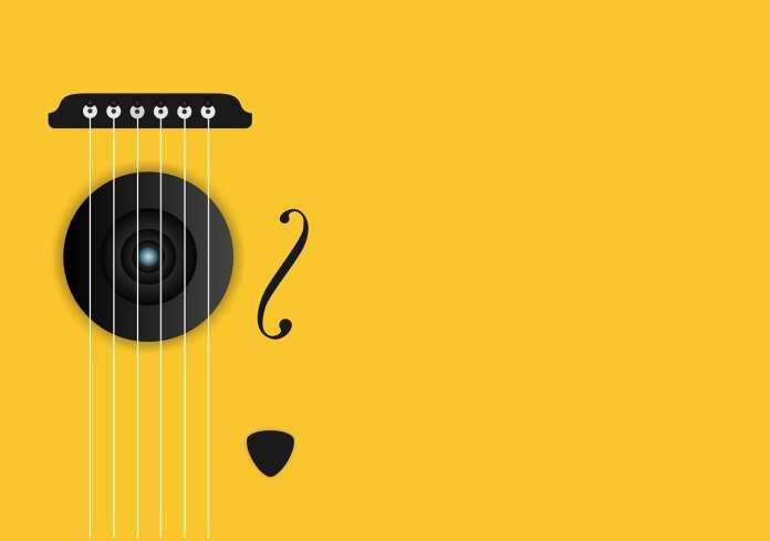 В костромской музыкальной школе появится гитара с автографом Розенбаума