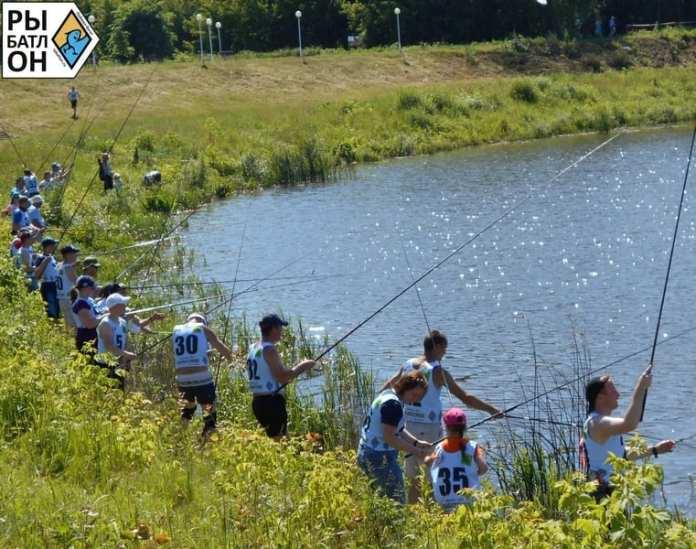 В тридцатиградусную жару на рыбатлоне рыба клевала отлично