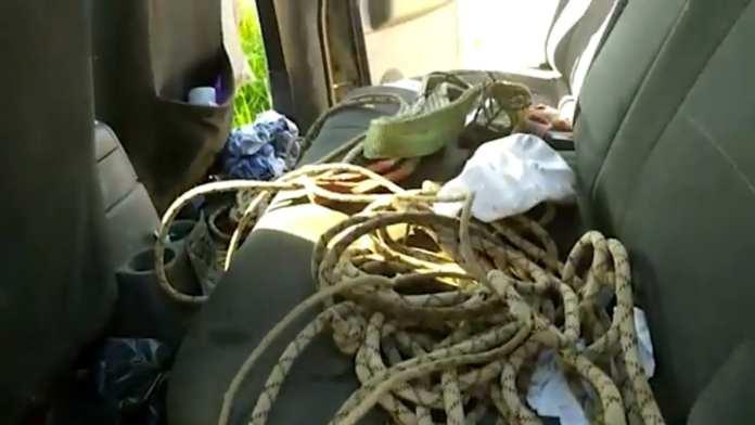 В машине тульского бизнесмена обнаружили два трупа