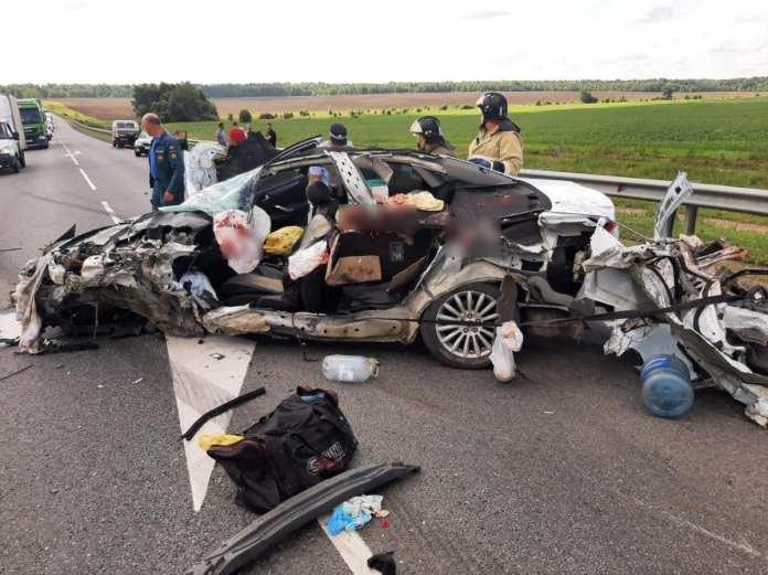 Водитель Ford Mondeo погиб после столкновения с грузовиком в Скопинском районе