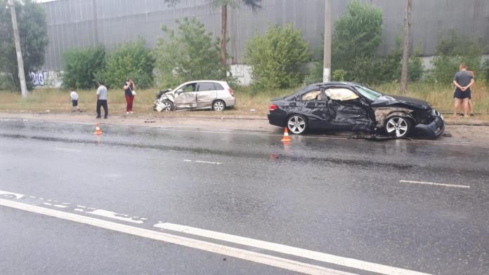 Четыре человека пострадали в аварии BMW и Suzuki в Липецке