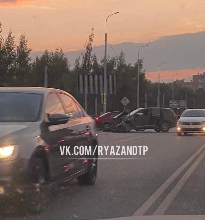 Известны подробности ДТП с мотоциклистом у «Глобуса» в Рязани