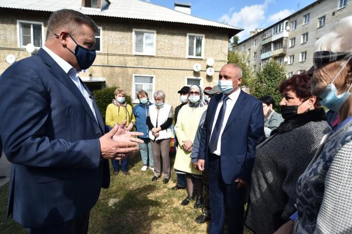 Николай Любимов посетил Военный городок в Скопине