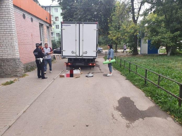 На улице Энгельса в Рязани «Газель» сбила пенсионерку