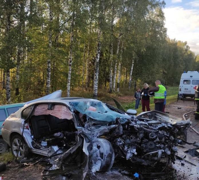 В аварии двух иномарок в Кировской области погибли три человека