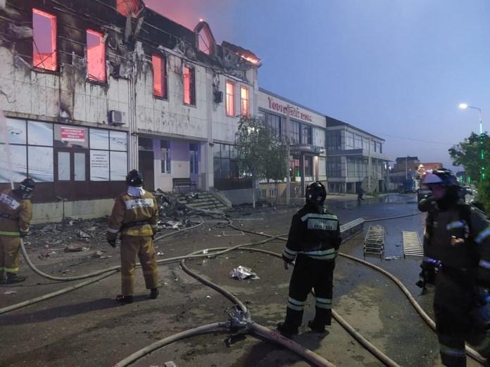 В пожаре в Дагестанской гостинице погибли двое человек