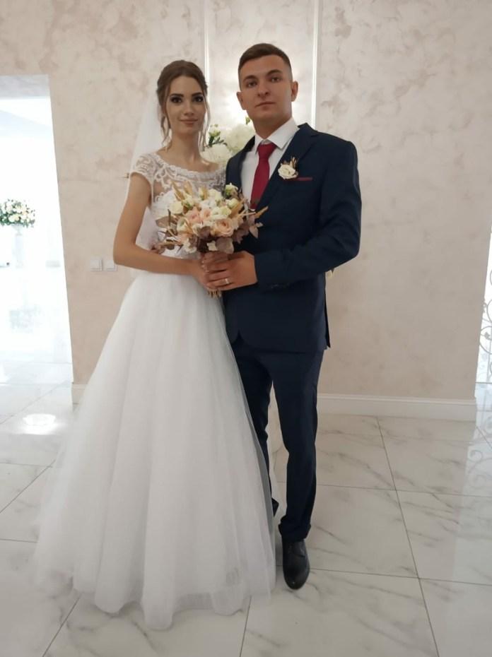 Рязанский ЗАГС опубликовал фото свадеб 17 сентября