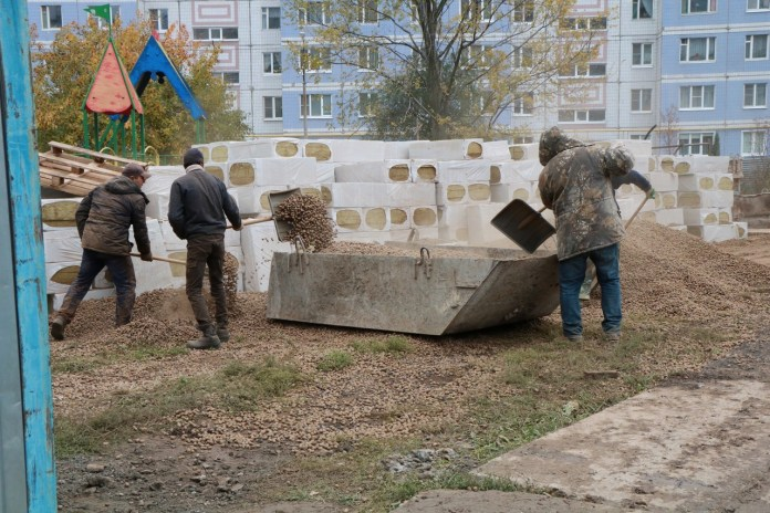 Елена Сорокина проинспектировала строительство яслей в Канищеве